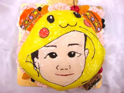 お顔の立体ケーキ