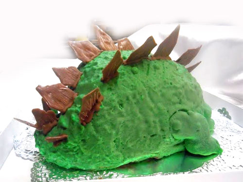 ステゴサウルスのケーキ