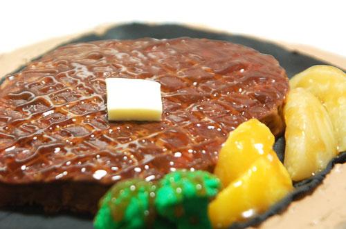 ステーキのケーキ