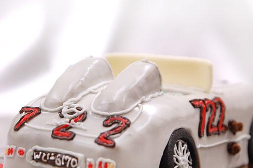 車のケーキ ヘッドレスト