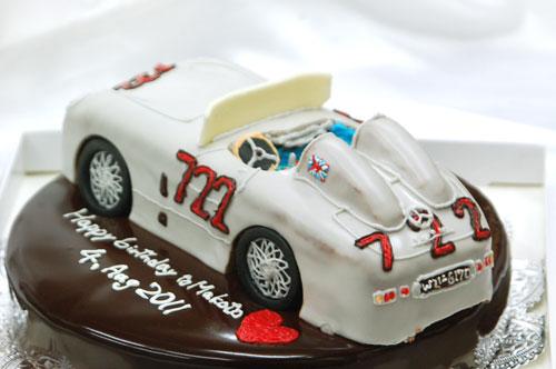 車のケーキ フロントガラス