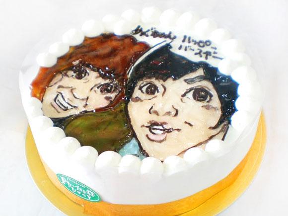 2人の似顔絵ケーキ