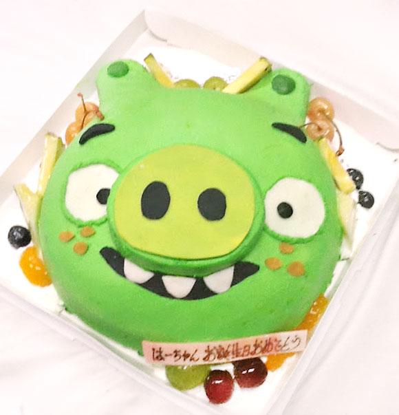 誕生日ケーキ アングリーバードの緑の豚