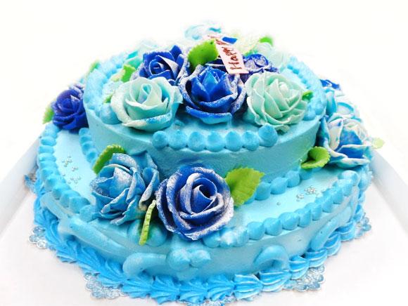 青いバラのデコレーションケーキ