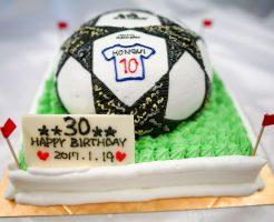 サッカーボールの3Dケーキ