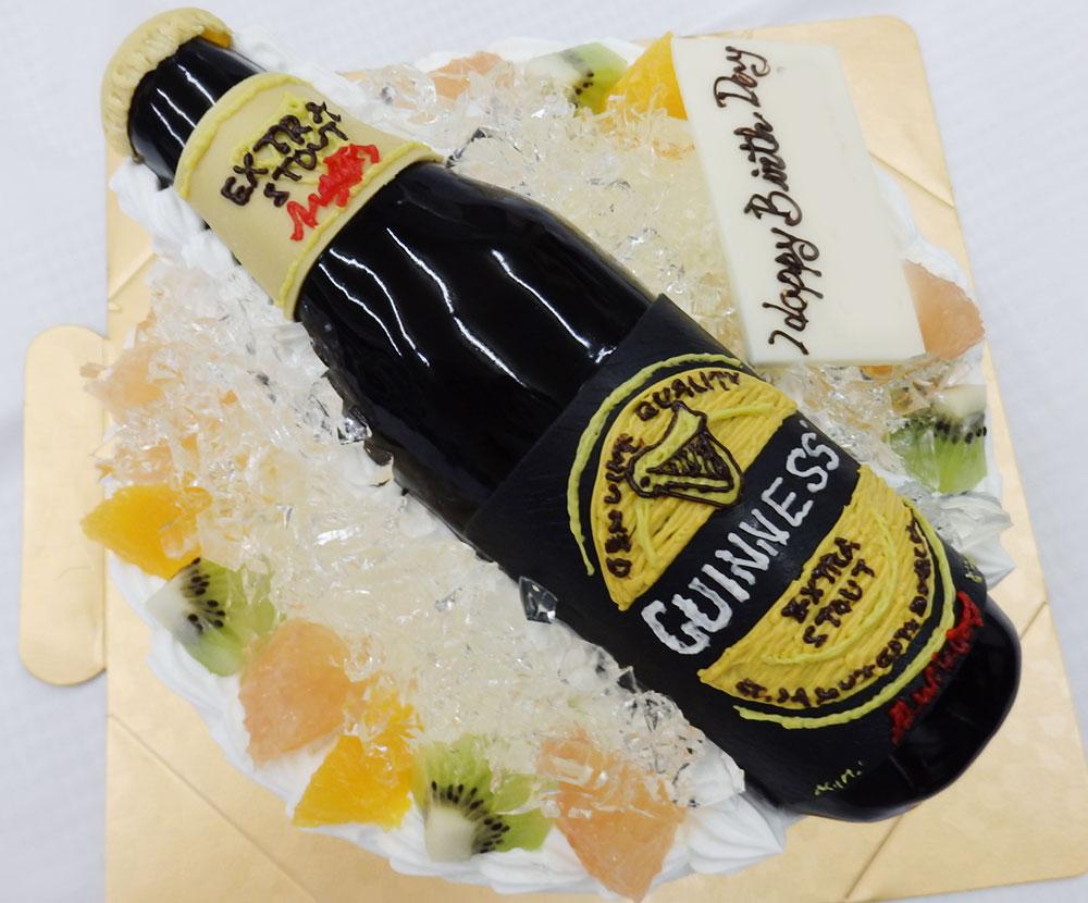 誕生日ケーキ ビール