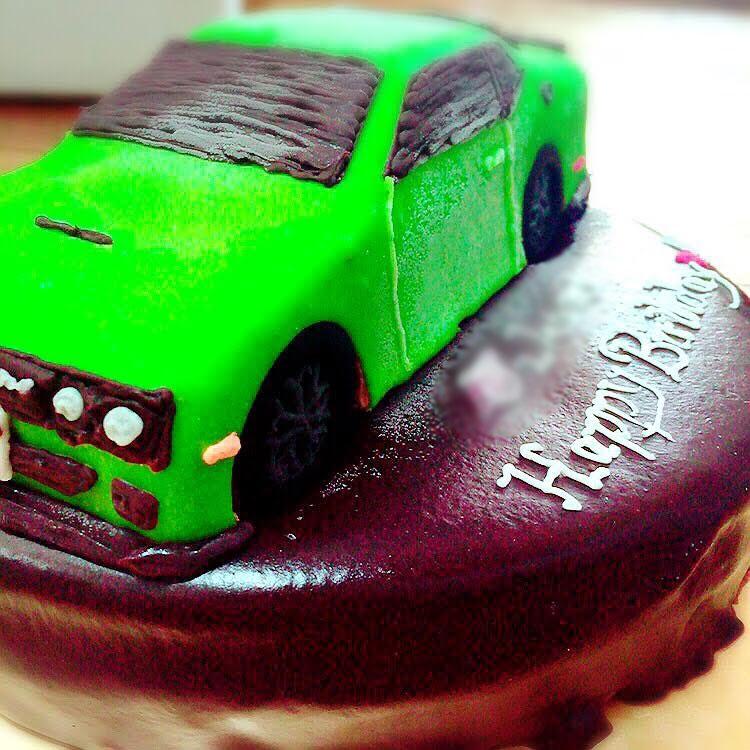 ダッチチャレンジャー 車のケーキ