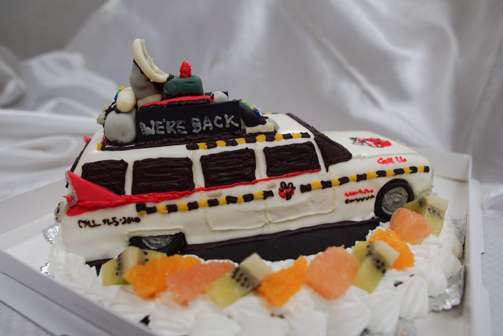 ゴーストバスターズ 車のケーキ完成3