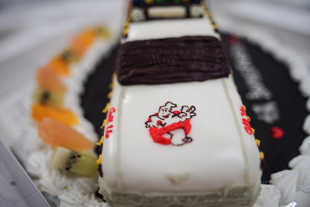 ゴーストバスターズ 車のケーキ完成5