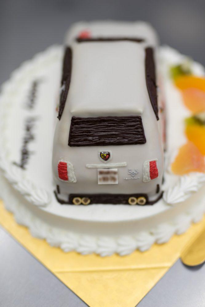 フィアットアバルトケーキ