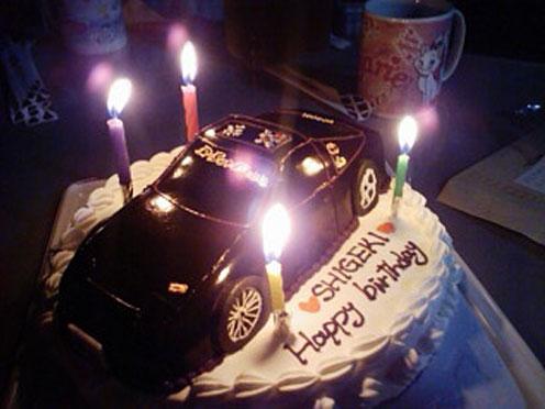 立体ケーキ車