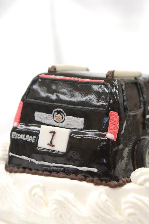 車のケーキ バースデー