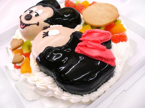 ミニーマウスのケーキ