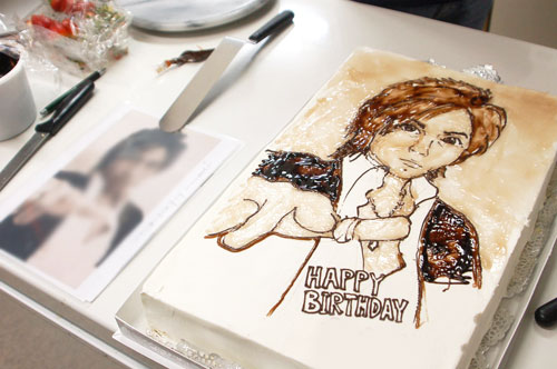 似顔絵ケーキと写真