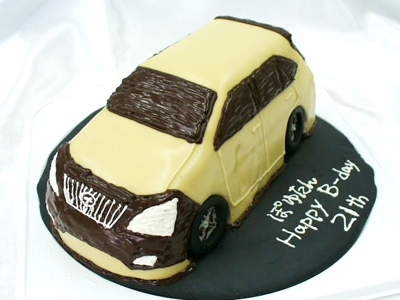 車のケーキ ハリアー