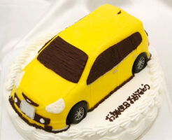 車のケーキ フィット