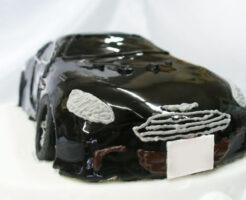 車のケーキ アストンマーチン