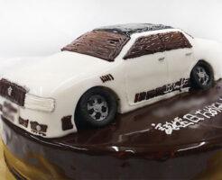 車のケーキ クラウン