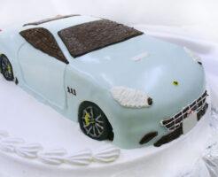 フェラーリ・カリフォルニア 車のケーキ