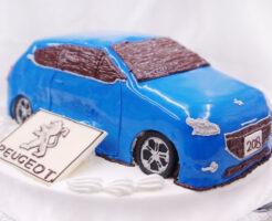 車のケーキ プジョー208
