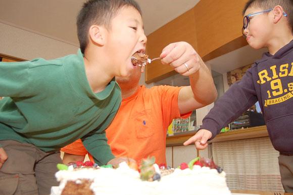 倉石家 サプライズケーキ
