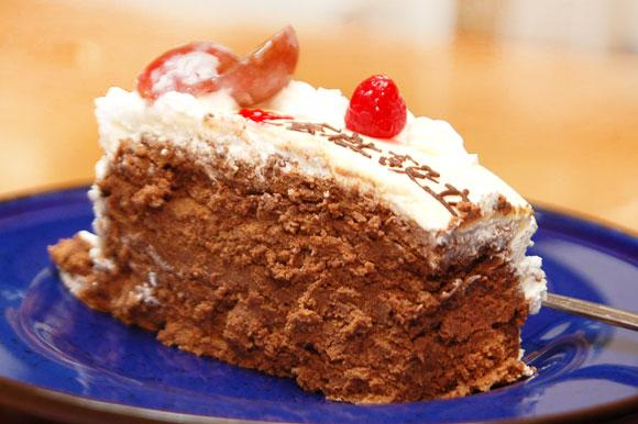 デコレーションケーキ チョコレートケーキ