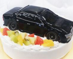 車のケーキ ローレル