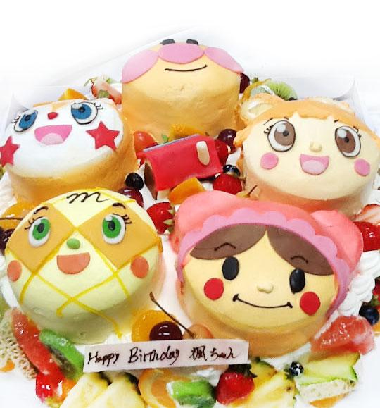 アンパンマンと仲間たちの誕生日ケーキ