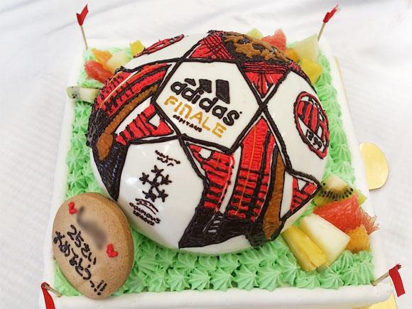 サッカーボール 誕生日ケーキ