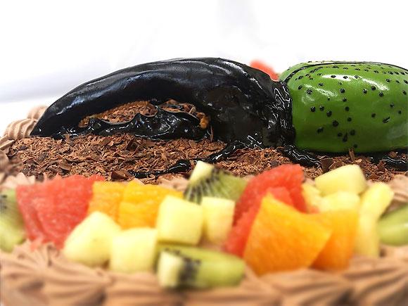 3Dケーキ カブトムシ(ヘラクレス大カブト)