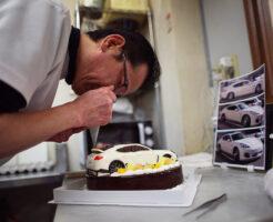 車のケーキ制作