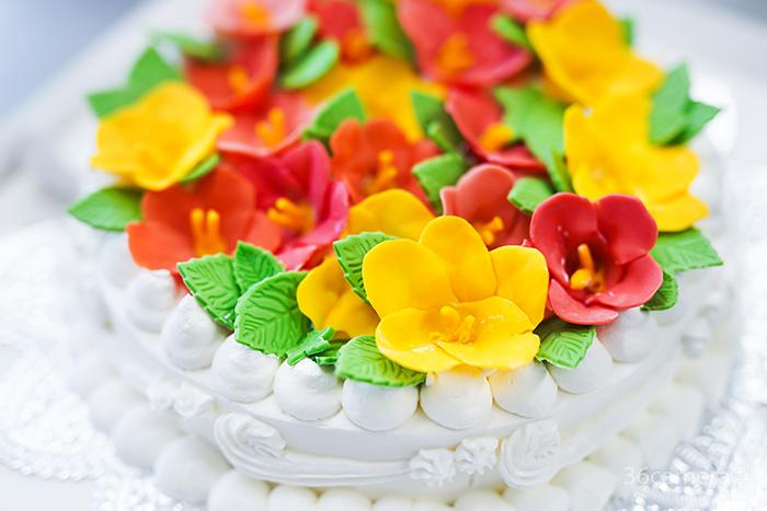 ハイビスカスのケーキ制作風景9